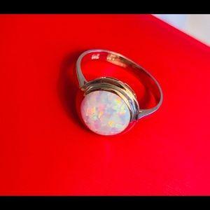 Vintage opal ring 14kt gold